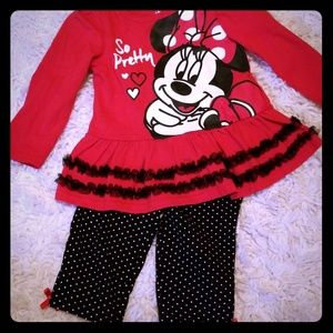 Minnie Mouse 2 piece outfit!